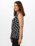 Sleeveless Geo Puff Print Knot Front Top - 4