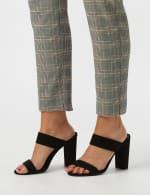 Roz & Ali Yarn Dye Plaid Pull On Waist Ankle Pant - Misses - 5