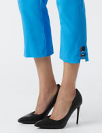 Superstretch Pull On Capri Pant With Tabs And Grommet Trim Hem Detail - 4