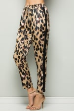 Contrast Statement Pants with Leopard Print - 3