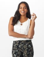 Roz & Ali Crochet Trim Crepe Hi/Lo Knit Top - 6