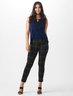 Pull On Plaid  Compression Fit Print Pant - 6