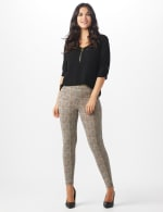 Pull on Knit Ankle Pant with Double Scoop Pockets - 6