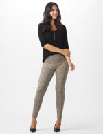 Pull on Knit Ankle Pant with Double Scoop Pockets - 7