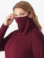 """Modern Mask Top"" Knit Tie Bottom - Plus - 10"
