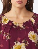 Roz & Ali Wine Floral Chain Bubble Hem Blouse - Plus - 5