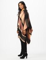 6 Ways to Wear Plaid Ruana - 3