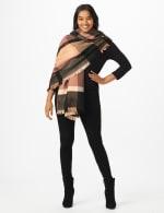 6 Ways to Wear Plaid Ruana - 8