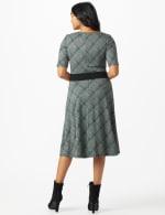 Plaid Belted Midi Knit Dress - Black/green - Back