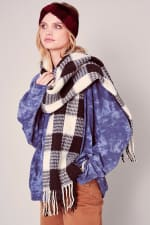Gingham Checker Soft Scarf with Fringe - Black / Cream - Back