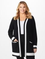 Roz & Ali Colorblock Duster - Plus - Black/Vanilla Ice - Front