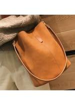 Blake Shoulder Bag -Brown - 1