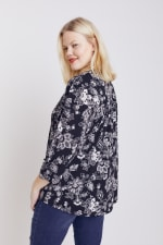 Black And White Floral Pintuck Popover - Plus - 6