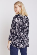 Black And White Floral Pintuck Popover - Plus - 4