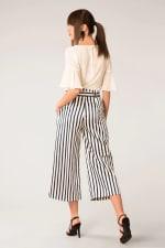 Black & White Stripes Bow Tie Crop Pants - 2