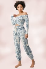 French Terry Tie Dyed Star Printed Off The Shoulder And Jogger Pants Set - 3