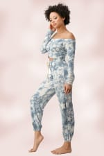 French Terry Tie Dyed Star Printed Off The Shoulder And Jogger Pants Set - 5