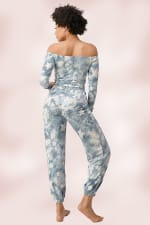 French Terry Tie Dyed Star Printed Off The Shoulder And Jogger Pants Set - 2