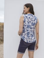 Roz & Ali Bijoux Blue Floral Jacquard Popover - Taupe/Blue - Back