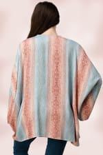 Oversized Kimono in Snakeskin Printed - Blue / Pink - Back