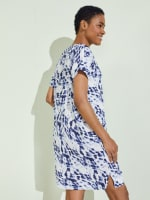 Short Sleeve V-Neck Shift Dress - 5