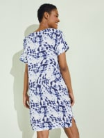 Short Sleeve V-Neck Shift Dress - 2