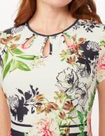 Cutout Neck Floral Scuba Dress - Ivory/Multi/Blk - Detail