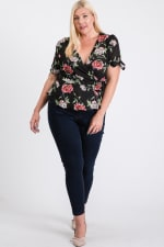 Big Flowers Over Wrap Top - Black - Front