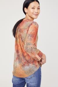 Roz & Ali Tie Dye Clip Jacquard Popover - Rust - Back