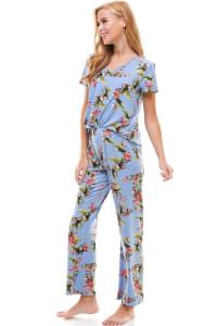 Loungewear Set For Women's Pajama Short Sleeve And Pants Set - Back