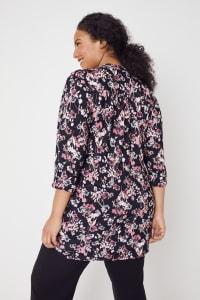 Roz & Ali Floral Jacquard Popover Tunic - Plus - Black Multi - Back
