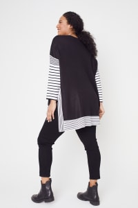 Roz & Ali Colorblock Stripe Poncho - Plus - Black/White - Back