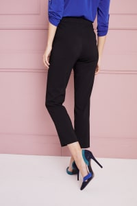 Petite Roz & Ali Super Stretch Tummy Control Pant with Cat Eye Pockets and Ankle Slits - Petite - Black - Back
