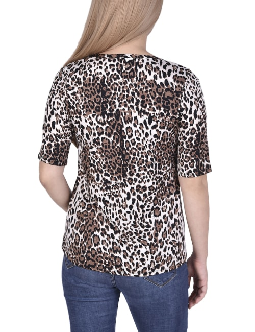 Short Sleeve Top blouse With Front Grommets And Tabs - Back