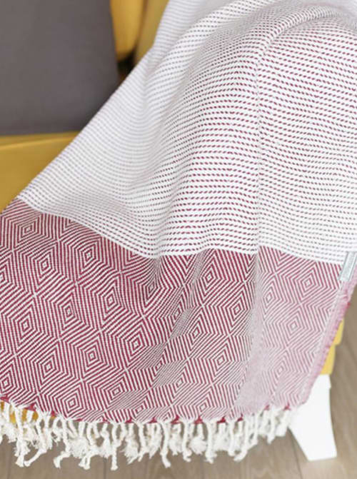 """70"""" Turkish Cotton Handwoven Throw Blankets in Red - Back"""