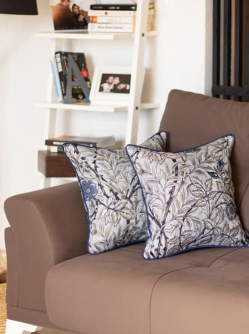 """Set of 2 17"""" Jacquard Leaf Jacquard Throw Pillow Cover in Blue - Back"""