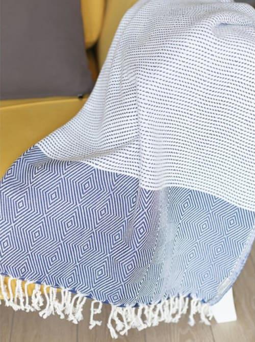 "70"" Turkish Cotton Handwoven Throw Blankets in Blue - Back"