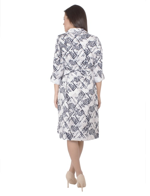 Three Quarter Belted Rolled Tab Sleeve Shirtdress With Patch Pockets - Petite - Back