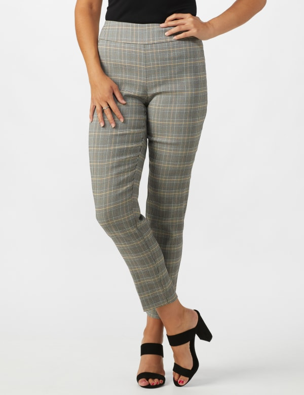 Roz & Ali Yarn Dye Plaid Pull On Waist Ankle Pant - Misses - Black/Grey - Front