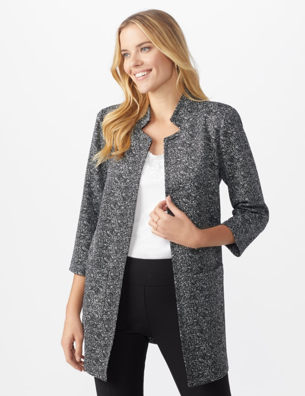 Printed Topper with Notch Collar - Black/white - Front