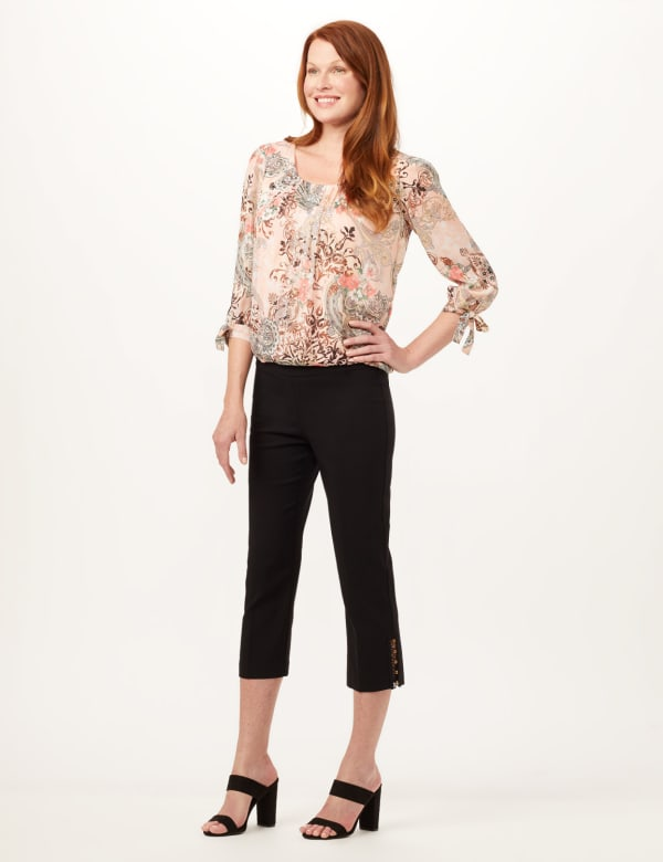 Pull-On Lace Trim Crop Pants