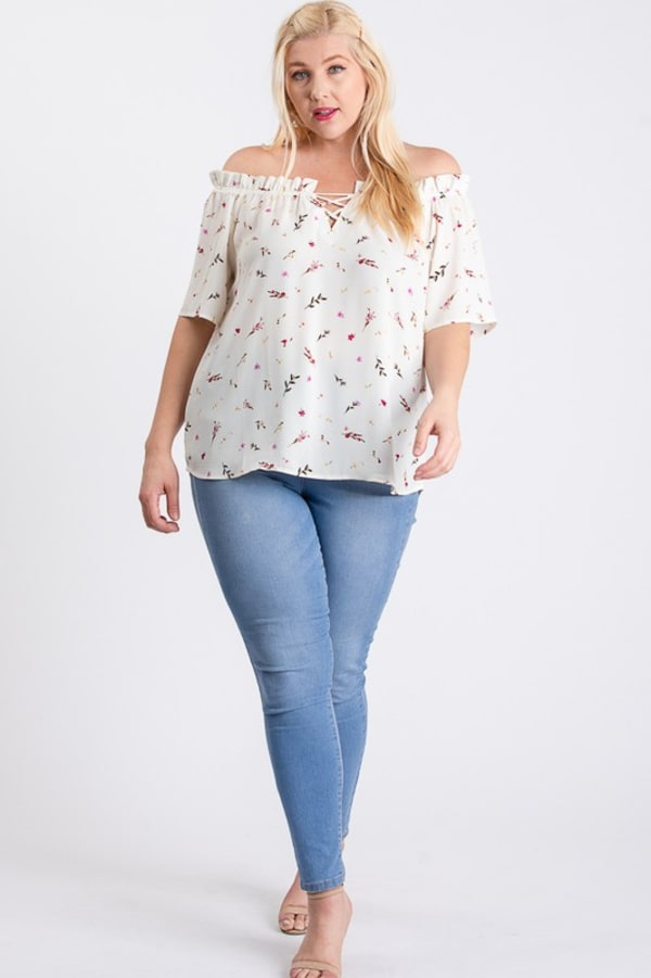 Small Flowers Off-Shoulder Top - White - Front