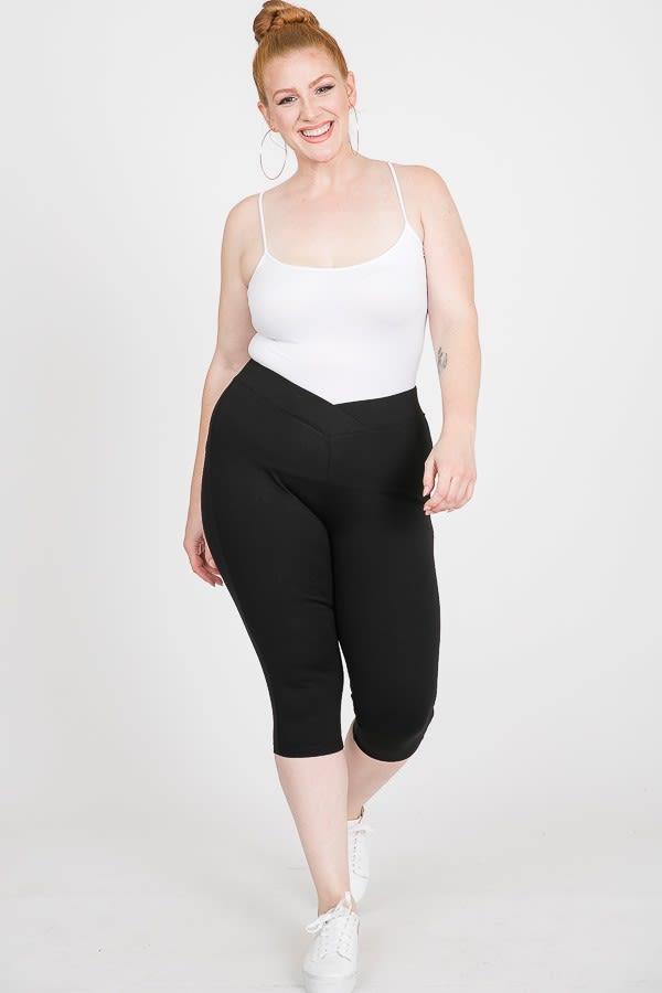 Everyday Ponte Capri Pants - Black - Front
