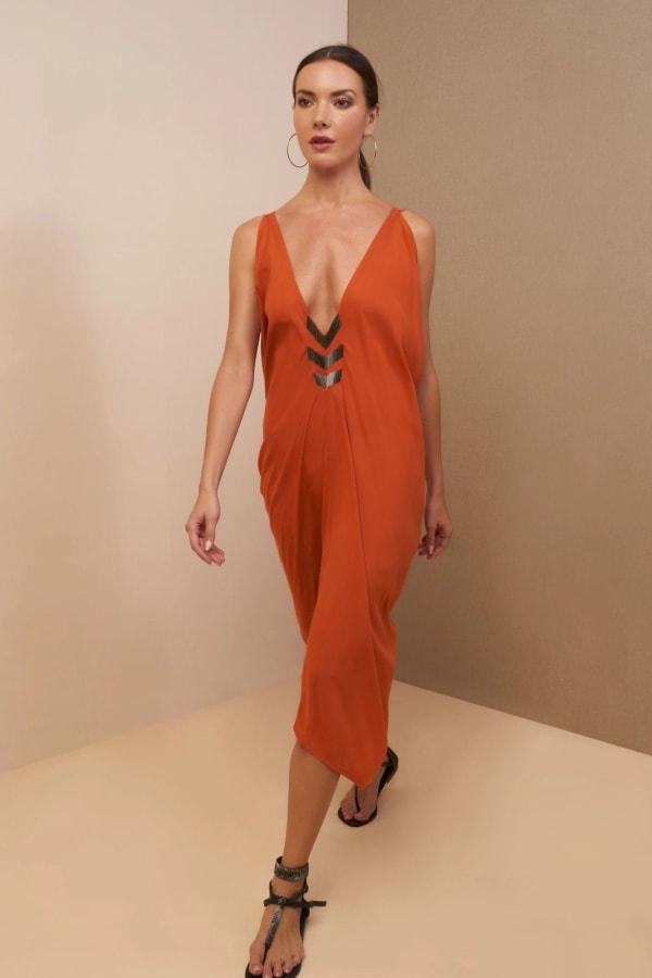 Iluh V-Neck Kaftan Dress - Rusty ginger - Front