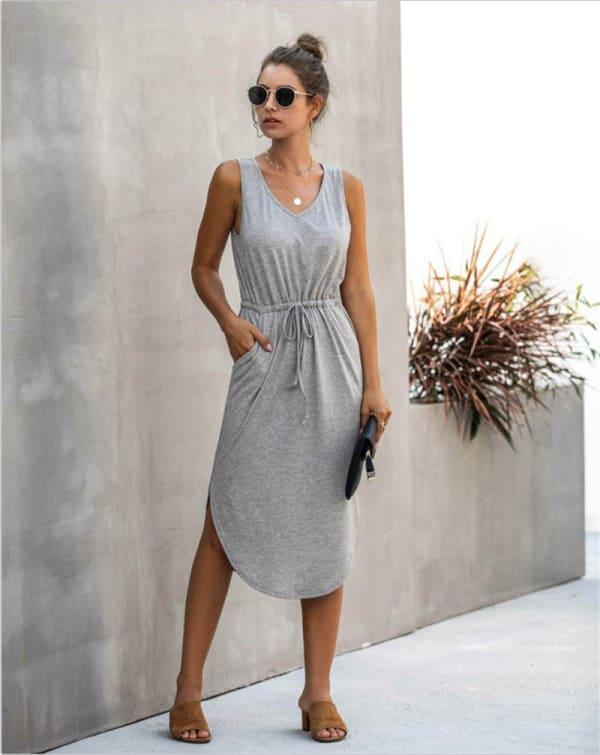 Sleevless V-Neck Dress - Light gray - Front