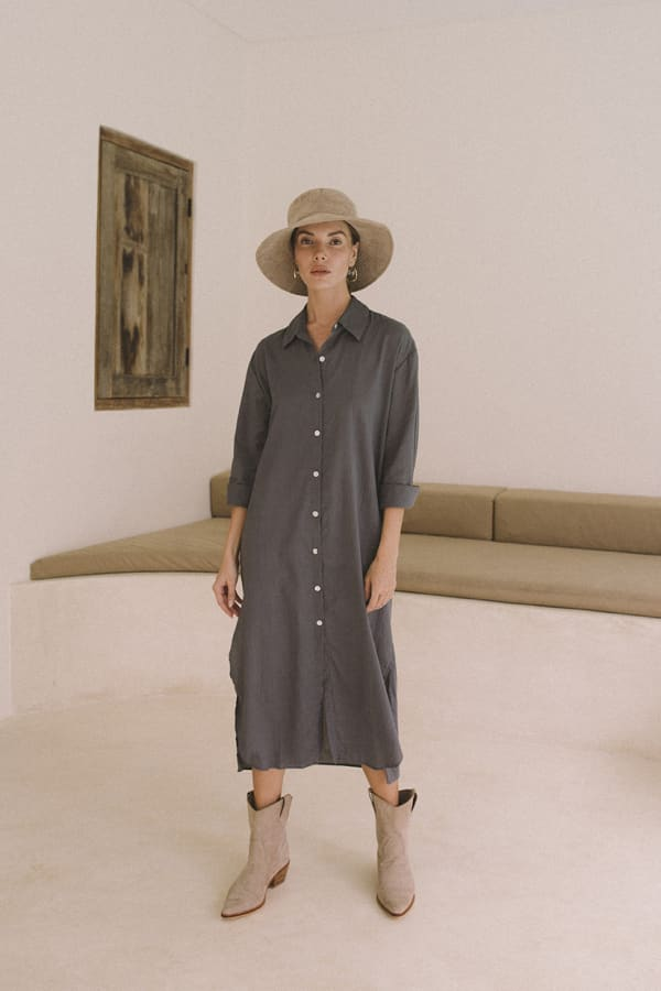 Effortless Boho-Chic Oversized Shirt Dress - Charcoal - Front