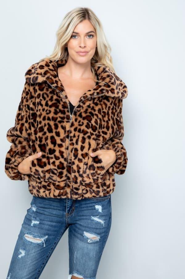 Faux Fur Leopard Plush Jacket - Leopard - Front