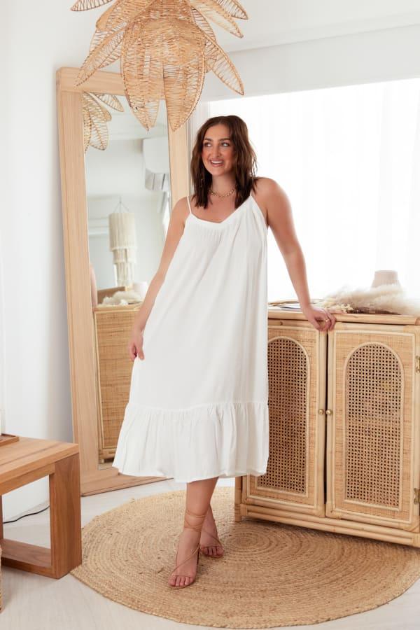 Curve Aesop Dress - Plus - White - Front