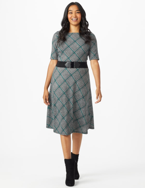 Plaid Belted Midi Knit Dress - Black/green - Front