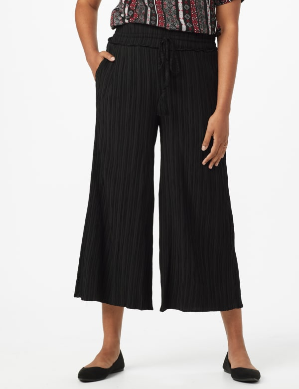 Cropped Palazzo Pant with Elastic Waistband - Misses - Black - Front